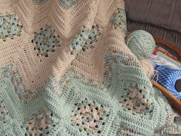 Grannies and Ripples Afghan