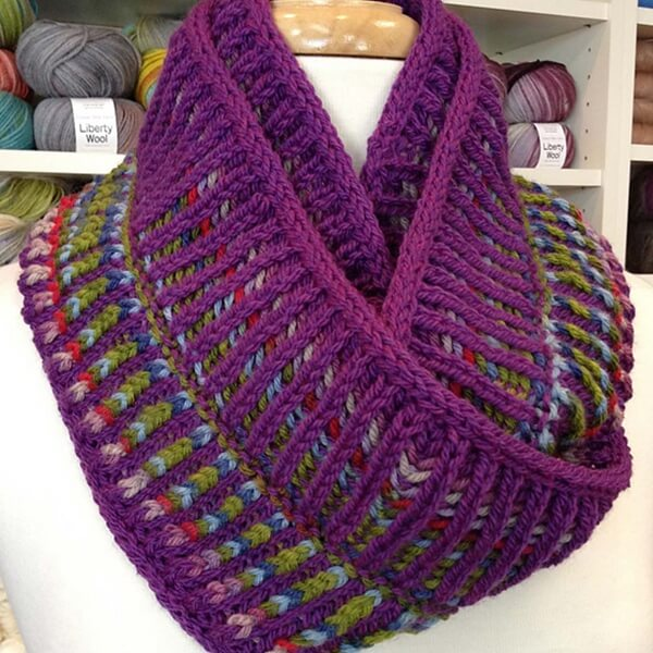 Two Color Brioche Cowl