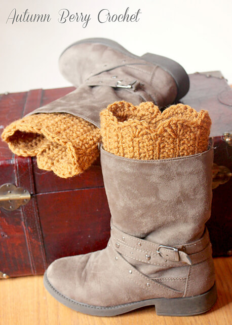 Scalloped Boot Cuffs