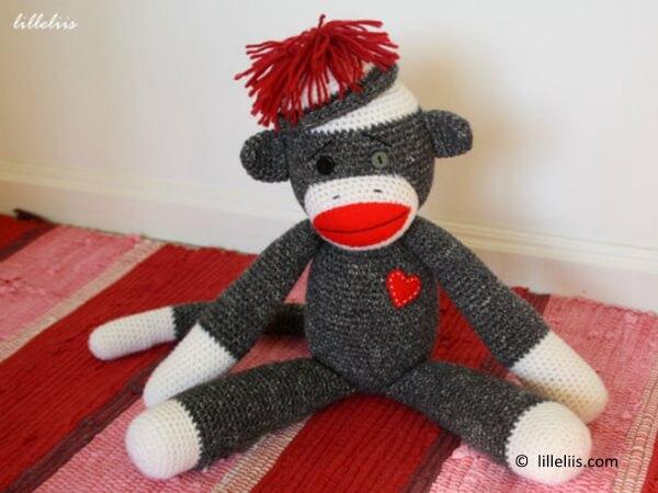 Free Crochet Pattern For Sock Monkey Pants : Crochet Share a Pattern Page 163