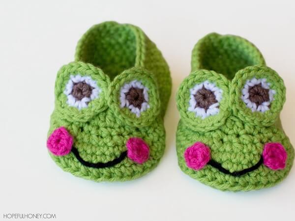 Frog Baby Booties