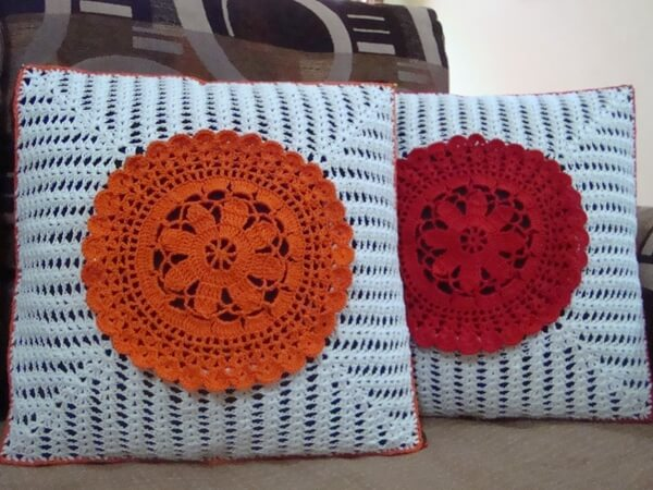 Doily in Center Cushion cover