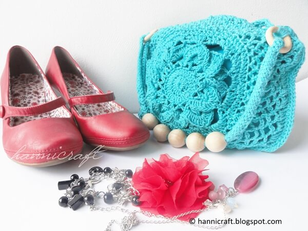 Crochet purse for the Summer