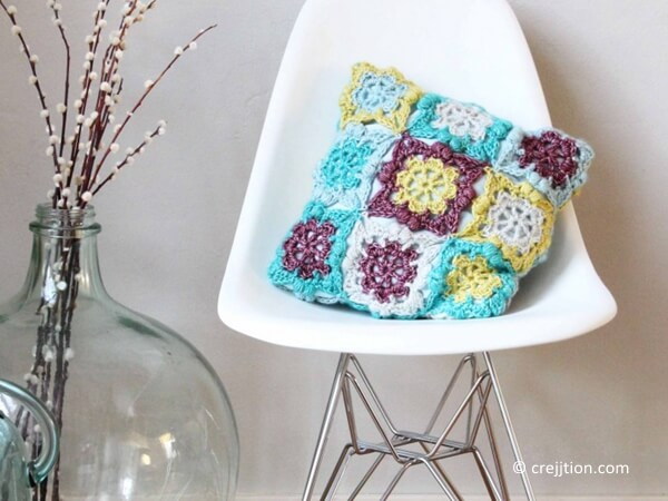Flower Square Cushion