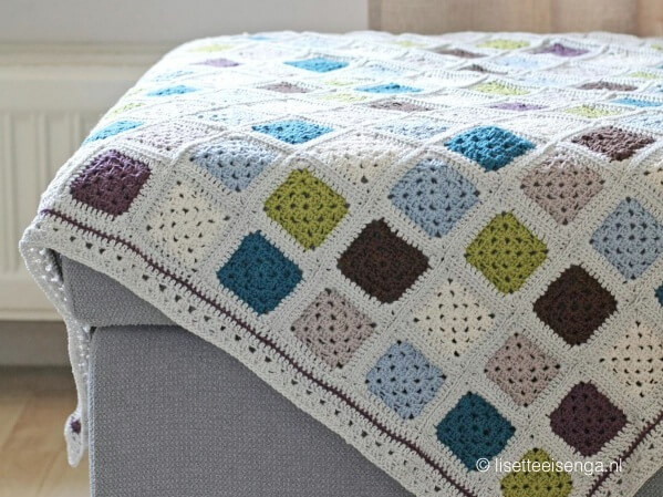 Mini Granny Square Throw