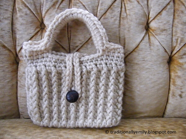 Ribbed Winter Purse