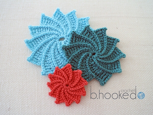 Medium Crochet Flower Pattern : Spiral Crochet Flower Share a Pattern
