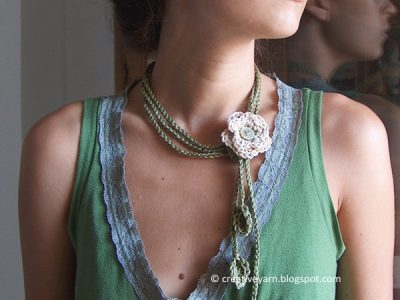 The White Flower Necklace