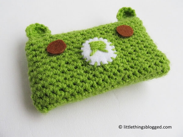 Free Crochet Pattern For I Phone Case : Kawaii Bear Phone Cosy Share a Pattern