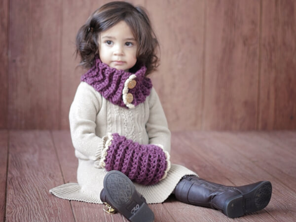 Girl Toddler Cowl and Muff
