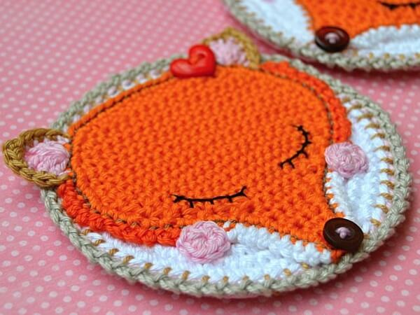 CROCHET FOX COASTER