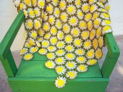 Vintage Daisy Motif