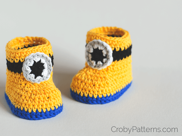 Free Crochet Pattern Minion Baby Booties : Minion Inspired Baby Booties Share a Pattern