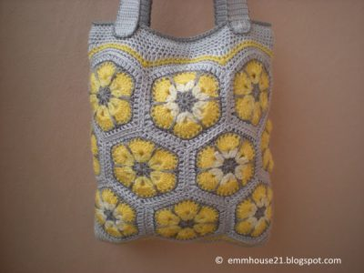 Purse with yellow flowers