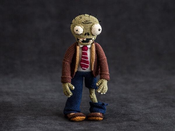 "Crochet Pattern of Zombie from ""Plants vs Zombies"""