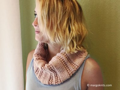 TEXTURED KNIT PURL COWL