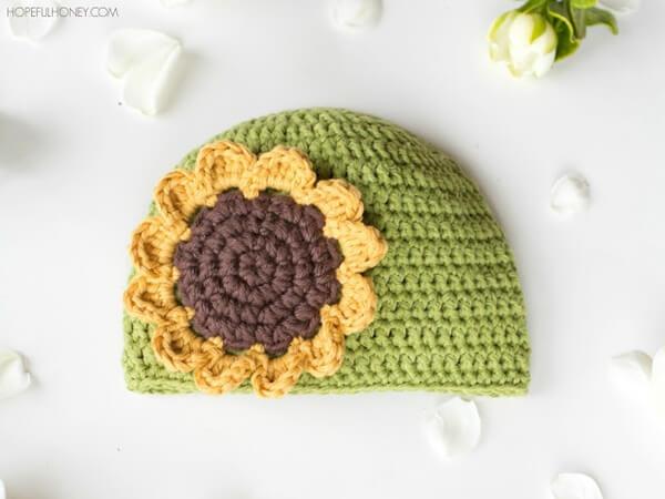 Sunflower Baby Hat Free Crochet Pattern 2