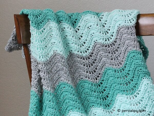 Feather And Fan Baby Blanket Share A Pattern