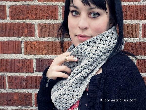 Shell Stitch Crochet Cowl Scarf