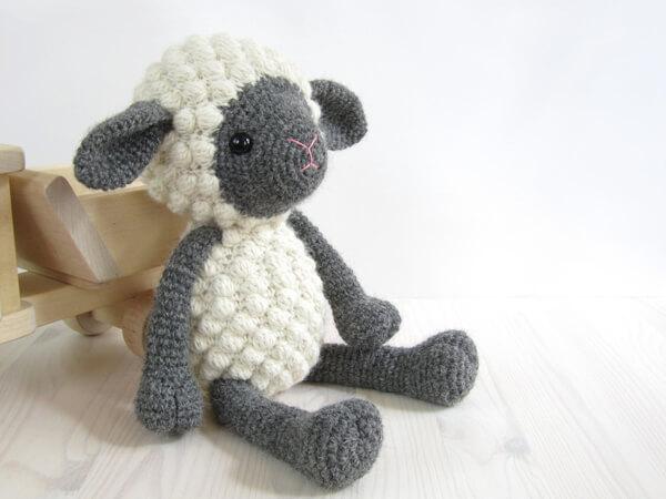Sheep - Amigurumi lamb