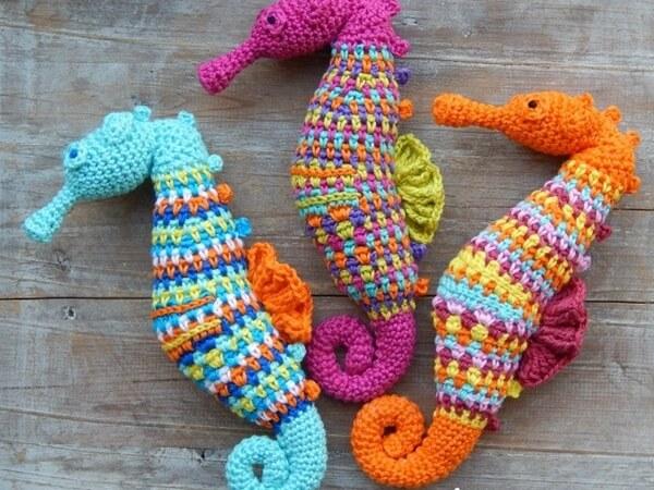 Free Amigurumi Seahorse : Crochet pattern Seahorse Share a Pattern