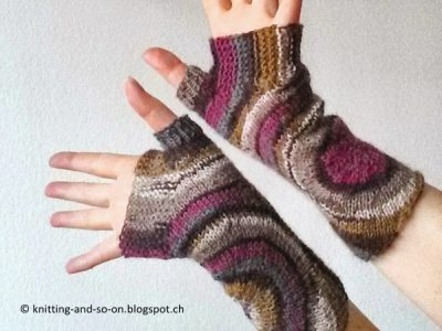 Zoom Out Fingerless Gloves