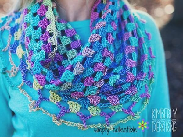 LILY'S SWEETHEART COWL