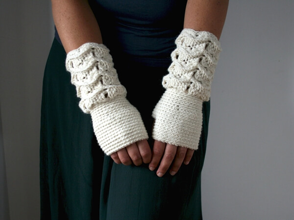 Girl and Women Fingerless glove pattern