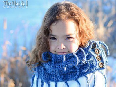 Winter Wrap infinity scarf pattern with buttons