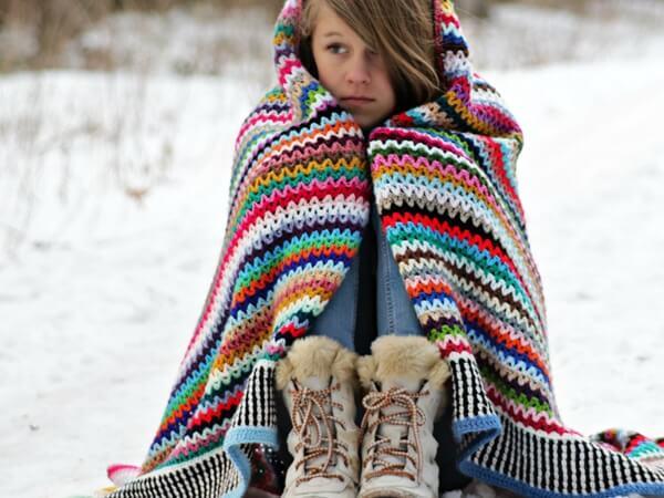Scrappy Happy V-stitch Blanket