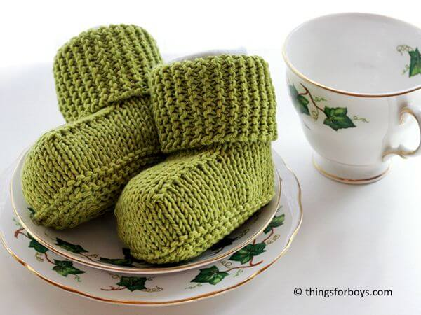 Knitted Baby Uggs