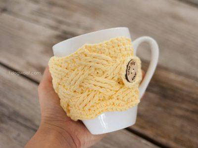 Woven Cables Mug Cozy