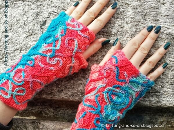 Serpentina Mitts