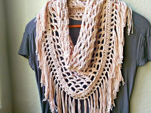 Triangle Mesh Scarf