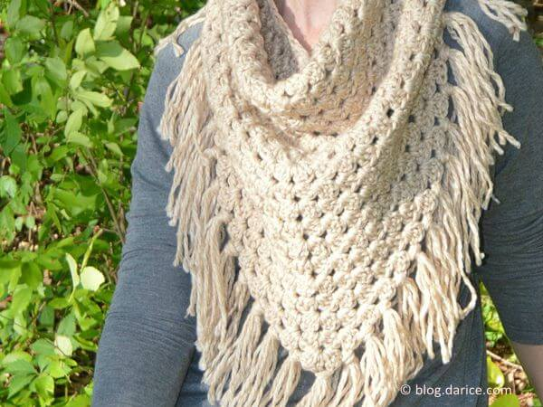 CROCHETED TRIANGLE SCARF PATTERN