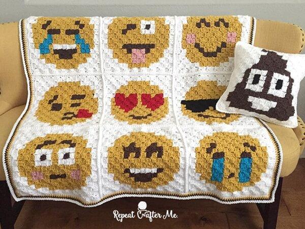 Crochet Emoji C2C Braphgan Blanket