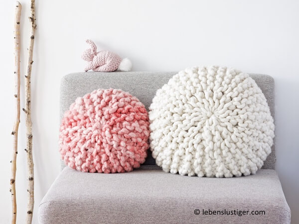 Chunky Knitted Round Pillow