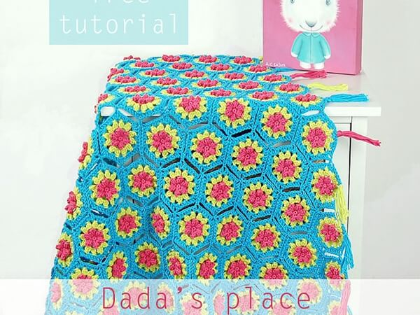 Free Crochet Flowery Hexagon Tutorial