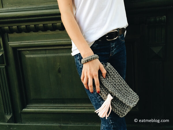 EASY KNITTED PURSE