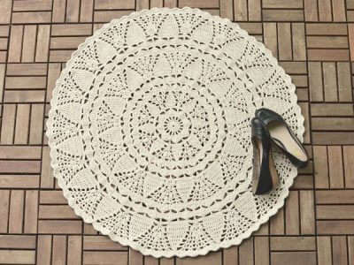 White large lace rug