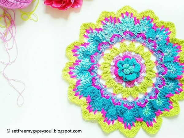 Big Flower Mandala Blue Bubblegum Betty
