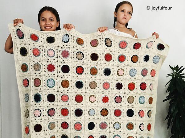 vintage granny puff flower blanket