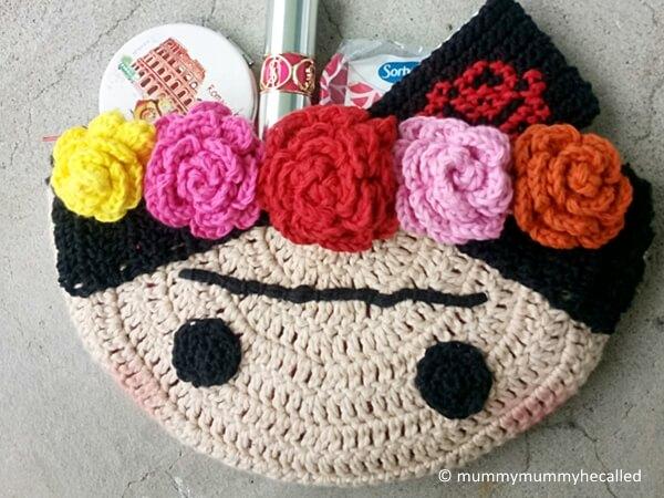 Crochet Frida Clutch