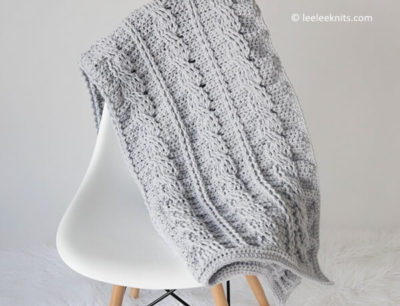 TIMELESS CABLED THROW
