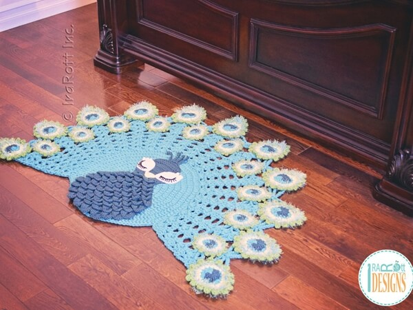 Pavo the Peacock Rug