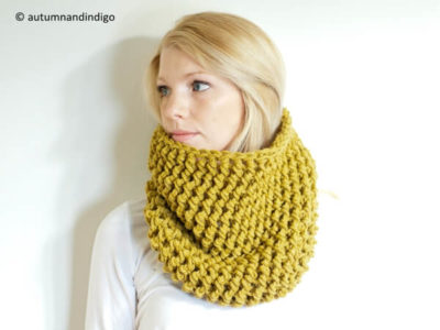 Easy Textured One Hour Crochet Cowl