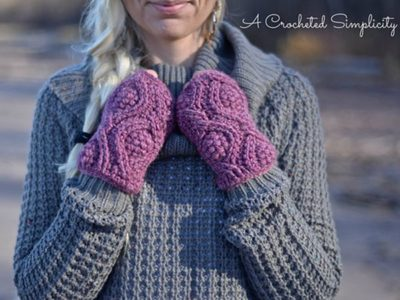 Hourglass Cabled Fingerless Mitts