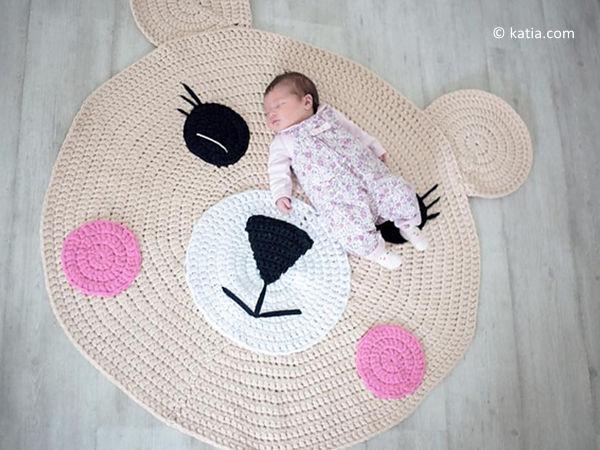 Crochet Bear Rug