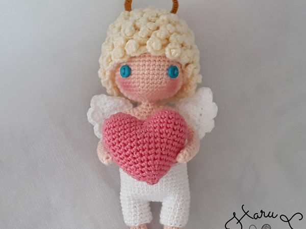 I give you my heart Valentine's Cupid