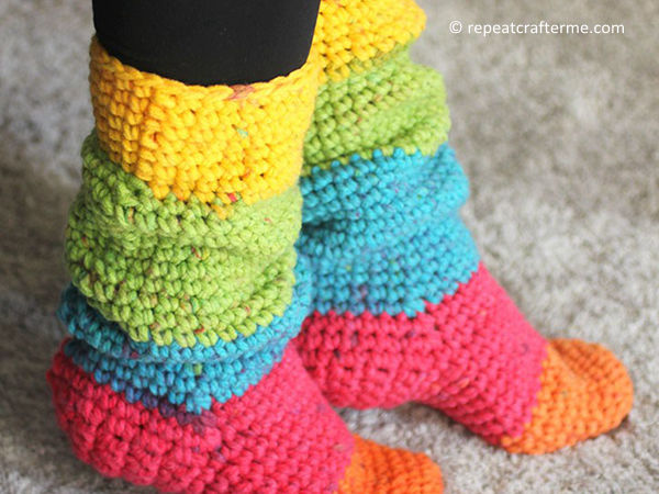 Caron Chunky Cakes Slouchy Slipper Socks – Share a Pattern